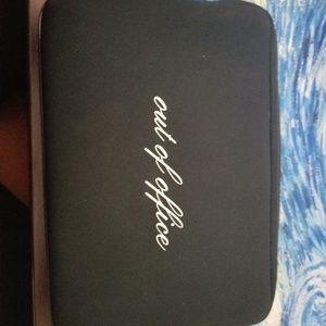 Kate Spade NWOT zippered clutch/cosmetic bag.